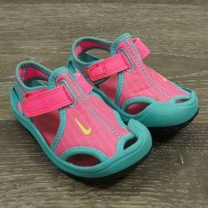 75db95020bf NIke Toddler Girls Water Shoes Pink Blue 344993 6